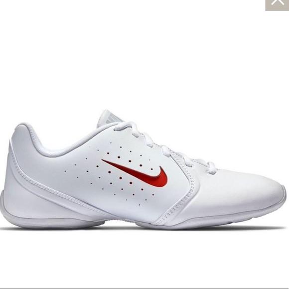 e5499f4db39082 Nike sideline III cheer shoes. M 5b69c85b0e3b86948267308e